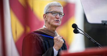 『ティム・クック』のスタンフォード大学祝辞から学ぶ英会話 No.1